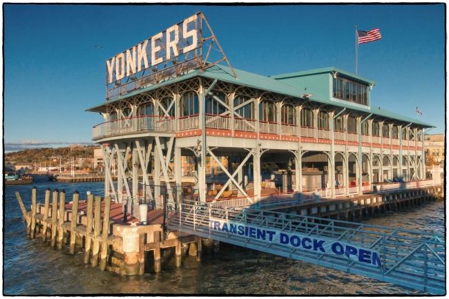 yonkerspier-1