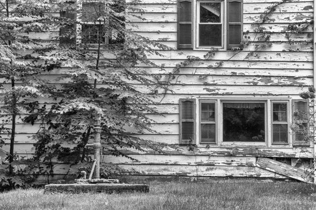 abandonedhouseon6n-2