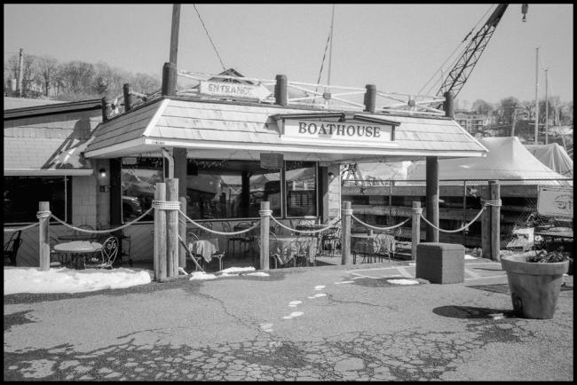 attheboathouse-1