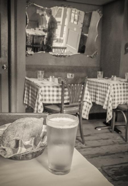 brasserie-le-bouchon-1-of-1