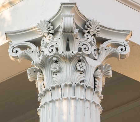 Corinthian Column on Putnam County Courthouse
