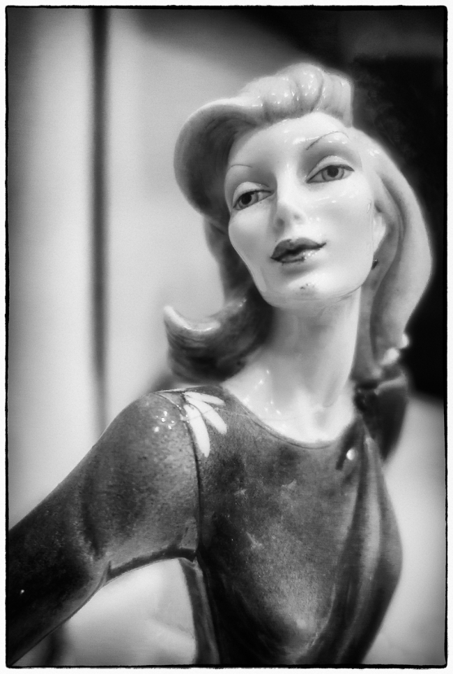 figurine-2