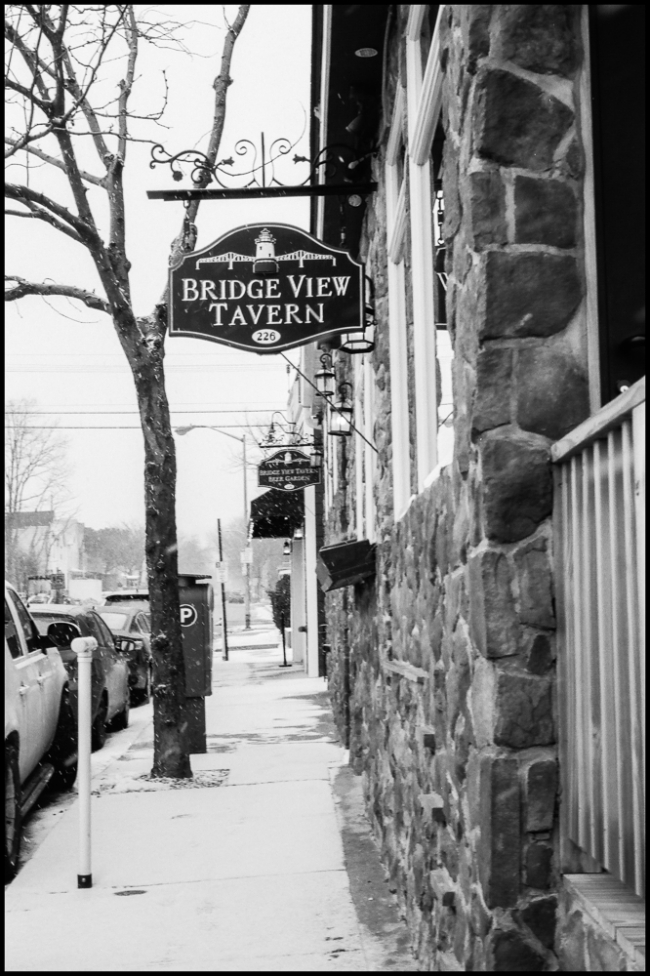 bridgeviewtavern-1