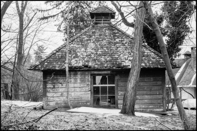 oldwoodenbuilding-2