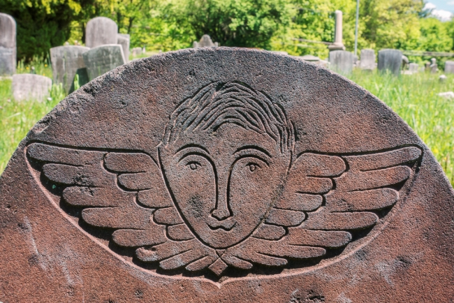 spartacemetery-faces-2