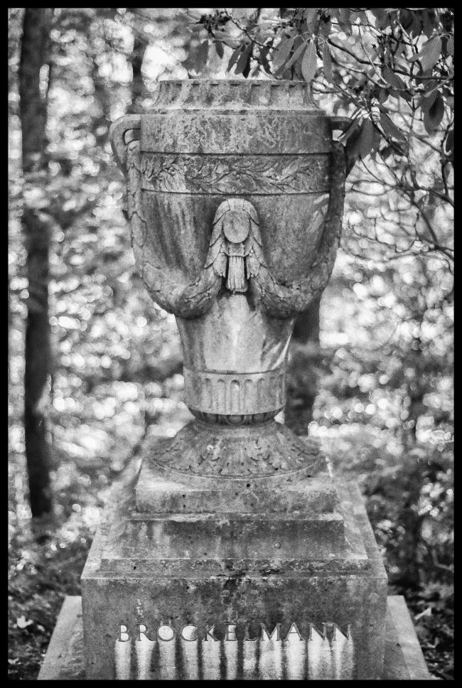 urns-8
