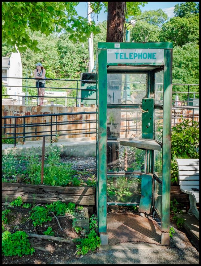 garissonslandingtelephone-1-of-1