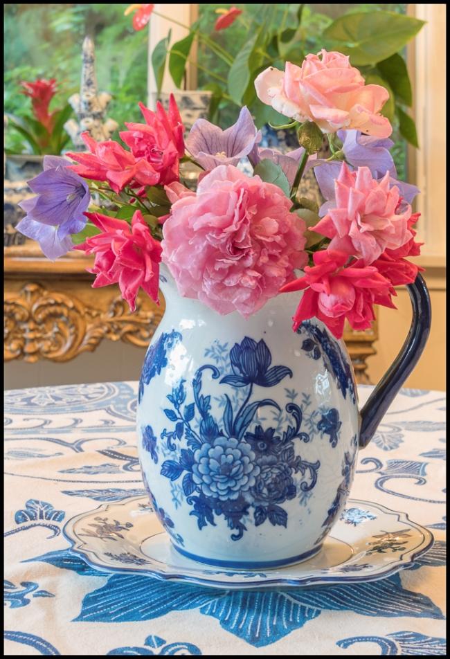 bluewhite&roses-1