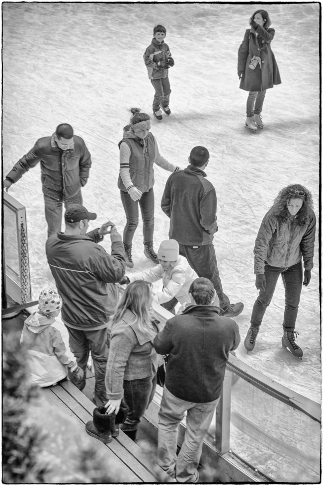 Skaters, Rockefeller Center